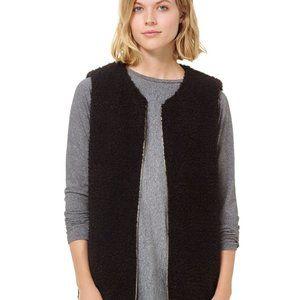 Aritzia Wilfred Black Chatou Vest